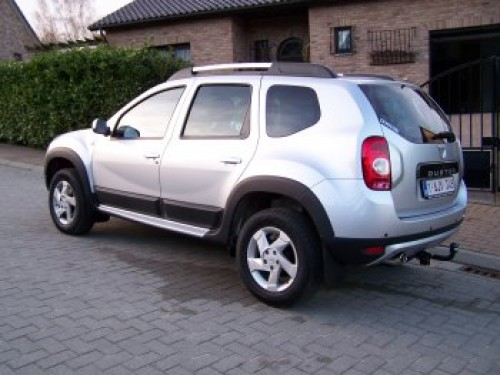 Dacia  Duster 4x2 Laureat 1.6