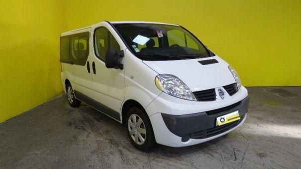 Renault Trafic Passenger  9 Places